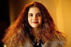 Eine Schale voll Gold.  Danke Saskia für ein schönes Shooting in #Augsburg!  #Nightbokeh #fotowalk  #aufo #model #art #bestphoto #instaphoto #photography #photooftheday #Portrait #portraitfotografie #portraitphotography #woman #evening #hair #gold #curlyhair #longhair #nightshot #face #blogger #beautyphotography #Munich #München #Augsburg #bayern #bavaria #picoftheday #augsburgfotografie