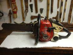 Motosierra DERBI 5240 - Old/Vintage DERBI 5240 Chainsaw Chainsaw Repair, Wildland Firefighter, Logging Equipment, Wood Storage, Milling, Drawing Reference, Old School, Outdoor Power Equipment, Weird