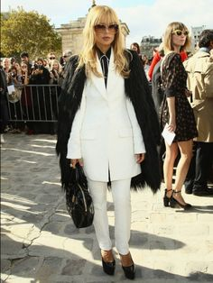 Rachel Zoe: Hairy Situation.  How not to wear black and white