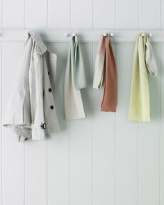 How to Make Ombre Silk Scarves by marthastewart: Upcycle an old faded one! #DIY Scarf #Ombre #marthastewart