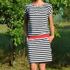 Dámské úpletové šaty Short Sleeve Dresses, Dresses With Sleeves, Dress Skirt, Sewing Patterns, Skirts, Ideas, Fashion, Vestidos, Dressmaking