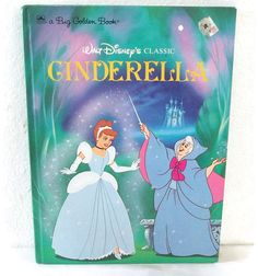 Vintage Big Golden Book             Walt Disney's Classic Cinderella     HardBack Children's Book    Printed in USA