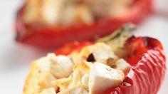Paprika mit Schafskäse und Tomatensauce
