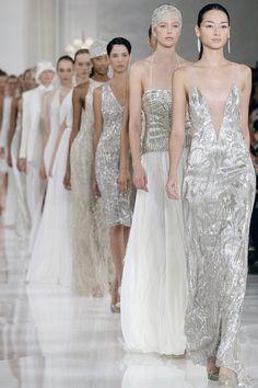 Glamour Begins At Home: Gatsby Fashion Collection by Ralph Lauren Zuhair Murad, Fashion Week, Look Fashion, Fashion Show, Fashion Clothes, Dress Fashion, Men Fashion, Carolina Herrera, Marchesa