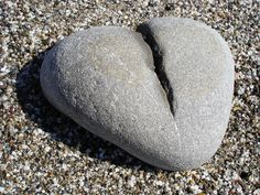 broken heart shaped stone by Christiane Alaettinoglu Dont Break My Heart, I Love Heart, Key To My Heart, Follow Your Heart, With All My Heart, Happy Heart, Heart In Nature, Heart Art, Fire Heart