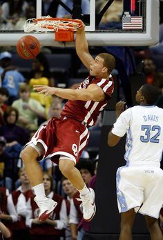 #Clippers Blake Griffin was breaking rims in the #NCAA before he hit the NBA.