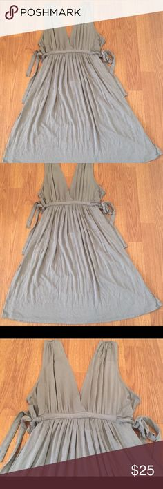 """Zara Collection Basic T-Shirt Dress Gray In good preowned condition. Material tag has been removed, but this dress is a cotton blend. Side waist ties. Underarm to Underarm: 15"""" Length: 33.5"""" Inventory A5 Zara Dresses"""