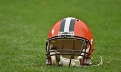Nearly Half Of Living NFL Veterans Show Signs Of Brain Injury: Study