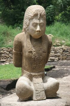 Mexican archeologists discovered two ancient Mayan statues. The 1,300-year-old, life-size statues depict two Mayan warriors who are believed to have been captives of Toniná as their hands are bound behind their backs.