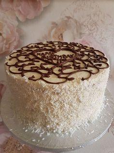 TORT RAFFAELLO | Diva in bucatarie Homemade Cakes, Vanilla Cake, Tiramisu, Roman, Diva, Sweet Treats, Dessert Recipes, Sweets, Foods