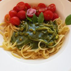Pesto, diesmal mit Pistazien...die Pinoli waren aus...