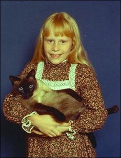 Amy Carter with her cat, Misty Malarky Ying Yang