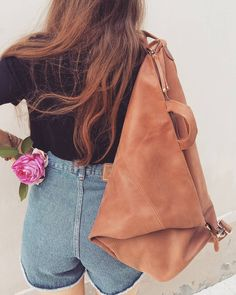 "- iyiami handbags (@iyiami.handbags) στο Instagram: ""🌹🌹🌹🌹#sping#rose#photooftheday#triangle#backpack#iyiami#fashion#style#stylish#leather#handmade#etsy#bag#instastyle#instafashion#boho#bohemian#minimal#love#work#collection#accessories#fashionbag#etsyfinds#etsyfashion#etsyshop#onlineshop#greekfashion#photography"""