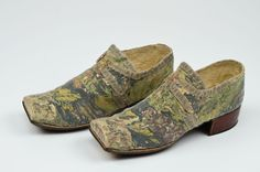 Pair of shoes, 1700. Silk brocaded with large-scale floral motifs.