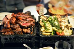 Great examples of how to eat out paleo. LOVE her site! from nomnompaleo.com