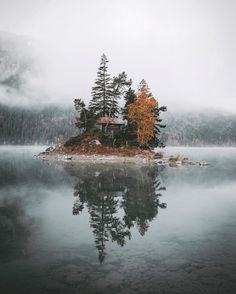 Island cabin on Lake Eibsee in Germany. Beautiful World, Beautiful Places, Nature Photography, Travel Photography, Le Jolie, Belle Photo, The Great Outdoors, Wonders Of The World, Mother Nature