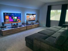 Bedroom Setup, Bedroom Decor, Video Game Rooms, Gaming Room Setup, Gaming Rooms, Game Room Design, Game Room Decor, Gamer Room, House Rooms
