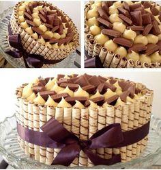 Bisküviden Pasta – Her yapmada garanti sonuç muhteşem sunu Sweet Recipes, Cake Recipes, Dessert Recipes, Candy Cakes, Cupcake Cakes, Birthday Cake Fudge, Fashion Cakes, Cake Boss, Food Cakes