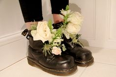 Inspiration for my boots always Dr. Martens, Doc Martens Oxfords, Creepers, Snow White Queen, Grav3yardgirl, Punk Boy, Pre Christmas, Pretty Photos, Sock Shoes