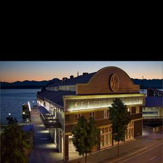 Seattle Aquarium, Seattle - Tristan and Elizabeth love to visit this place with Papa Doe and Granny Rene....