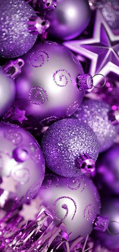Christmas is Coming ~ Lavender & Lilac Baubles for the Tree .... More More