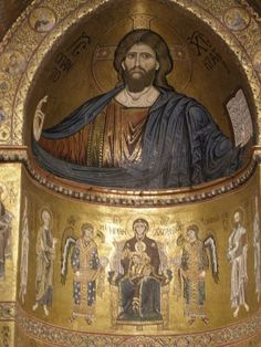 Christ Pantokrator in the cathedral of Monreale. One of the many highlights on our expert-led Sicily tours.