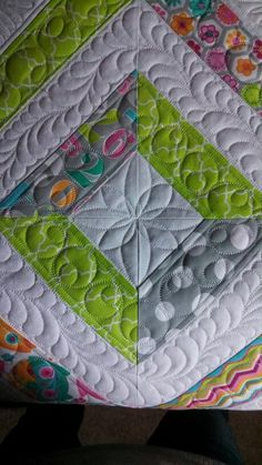 Tube quilt pieced and quilted by Susan Lawson at Seaminglyslawsonquilts.Blogspot.com