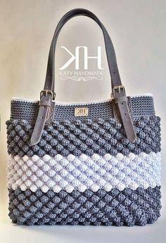 Best 10 Crochet handbag free patterns instructions – Artofit – Page 470063279855691891 – SkillOfKing. Crochet Tote, Crochet Handbags, Crochet Purses, Crochet Stitches, Crochet Bag Tutorials, Diy Crafts Crochet, Handbag Patterns, Bag Patterns To Sew, Bag Pattern Free