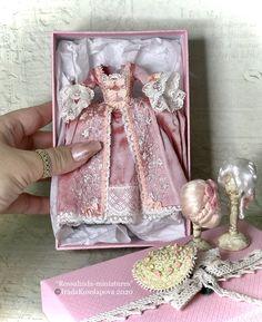 Miniature Crafts, Miniature Dolls, Dollhouse Dolls, Dollhouse Miniatures, Doll Toys, Barbie Dolls, Haunted Dolls, Crafts For Kids, Diy Crafts