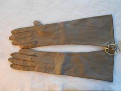 Vintage Gloves Medium Brown/Beige Leather by QuiltAndFabricItems, $19.00
