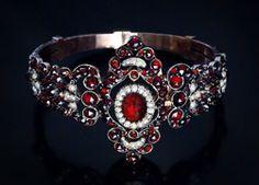 Antique Victorian garnet bracelet.