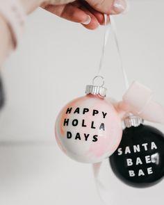 ✔ Christmas Activities For Kids Santa Modern Christmas Ornaments, Pink Christmas Tree, Christmas Diy, Simple Christmas, Christmas Decorations, Christmas Phrases, Christmas Humor, Christmas Projects, Christmas Crafts