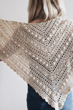 This lace triangle scarf crochet pattern for The Isla Scarf by Darling Jadore is a classic accessory! It's the perfect triangle shawl scarf crochet pattern! Poncho Au Crochet, Crochet Hook Set, Crochet Shawls And Wraps, Crochet Scarves, Crochet Clothes, Crochet Stitches, Free Crochet, Knit Crochet, Crochet Vests