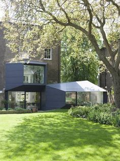 Residential Extension by Alison Brooks Architects, Islington, London. Glass Extension, Rear Extension, Residential Architecture, Architecture Design, Alison Brooks, Spencer House, House Siding, House Extensions, Villa