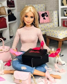 Barbie Sets, Bad Barbie, Barbie Doll House, Barbie Life, Barbie World, Pink Barbie, Barbie Tumblr, Barbie Fashionista Dolls, Diy Barbie Clothes