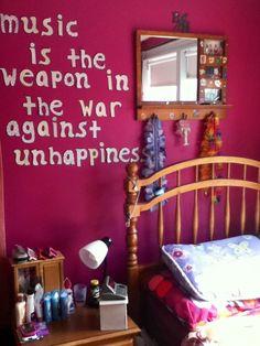 Classic teenage girl bedroom