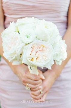 Cedarwood Destination Wedding from Chicago to Nashville | Cedarwood Weddings #CedarwoodWeddings #SpecialDetails #BridesBouquet