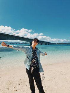 Boyfriend Photos, Thai Drama, Handsome Actors, Drama Movies, Meme Faces, Fujoshi, Boyfriend Material, Photo Cards, New Baby Products