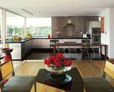 Cozinha na medida. Quer reformar a cozinha? Que tal transformá-la em um espaço gourmet e receber os amigos. ~ Guia da Arquitetura