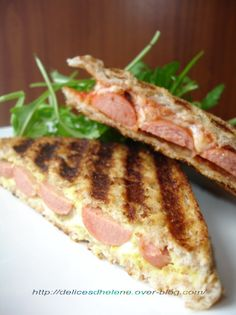 We know the traditional ham and cheese croque and also the traditional hot Breakfast Quiche, Breakfast Recipes, Croque Mr, Hot Dogs, Tasty, Yummy Food, Quiche Recipes, Sandwich Recipes, Ham And Cheese