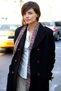Katie Holmes growing out pixie
