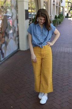 Madewell Emmett Windowpane Crop Wide Leg Pants, the art of versatility, yellow pants styled 3 ways, how to wear yellow pants, Cute Pants Outfits, Yellow Pants Outfit, Linen Pants Outfit, Curvy Outfits, Casual Fall Outfits, Wide Leg Linen Pants, Wide Leg Pants, Fashion Pants, Fashion Outfits