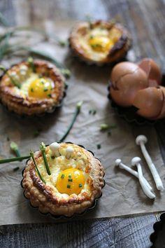 breakfast tarts / circahappy.com