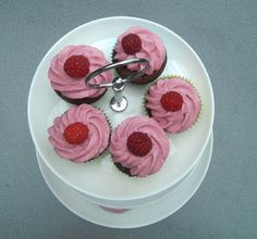 Cakepops, Cupcakes und co.: Schoko-küsst-Himbeere-Cupcakes