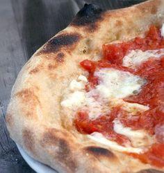 pizza napoletana con la pasta madre