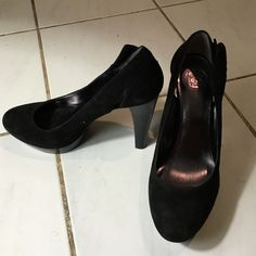 Jessica Simpson Suede pumps Originally $70, only worn once Jessica Simpson Shoes Heels