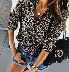 Boho Fashion, Fashion Dresses, Womens Fashion, Fashion Tips, Fashion Jewelry, Fashion Trends, Blusas Animal Print, Leopard Print Outfits, Style Feminin