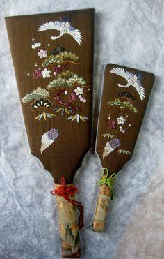 羽子板 (battledore) traditional embroidery