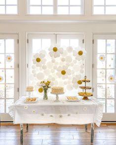 Daisy Decorations, Simple Birthday Decorations, Daisy Party, Simple Baby Shower, Ideias Diy, Festa Party, Baby Shower Themes, Themed Baby Showers, Shower Party