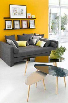 Sillón Gris Living Comedor, Yellow Walls, Reception Rooms, Room Colors, Bedroom Paint Colors, House Colors, Room Interior, Yellow Interior, Am Pm